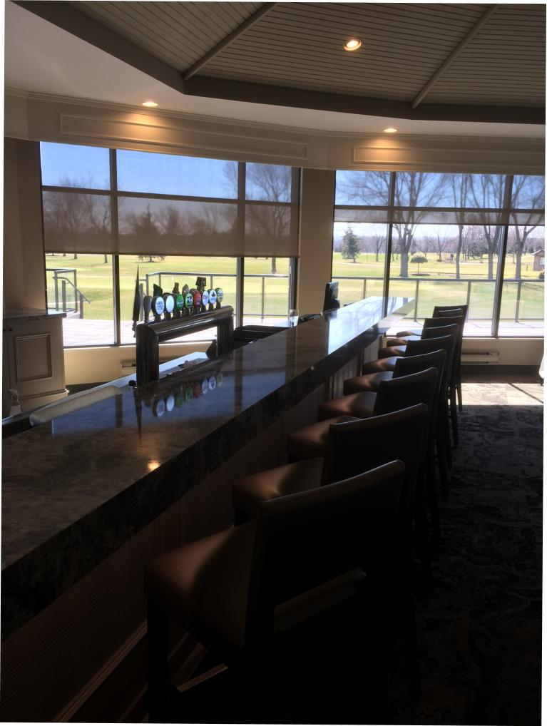 St. Catharines Golf & Country Club Lounge